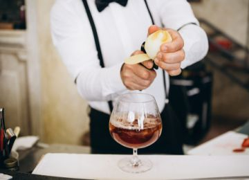 Planning a Wedding Reception? Don't Forget To Hire a Bartender