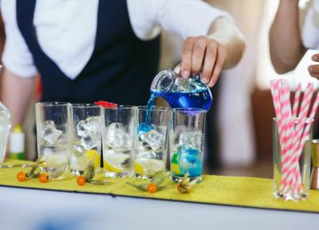 Basic Bar Setup Tips for Your Wedding Reception