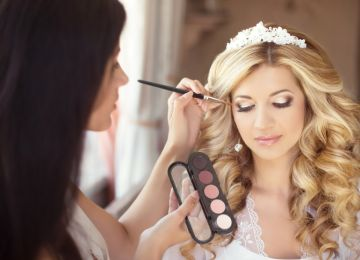 Ready for Your Close-Up: Finding a Wedding Makeup Artist
