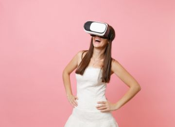 Virtual Reality: Re-Experience Your Wedding Through Tech