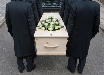 Live-Streamed Funerals Rise in Popularity