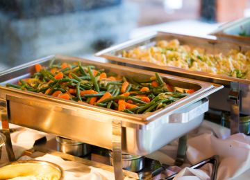 Be Our Guest: Accommodating Dietary Restrictions at Your Wedding