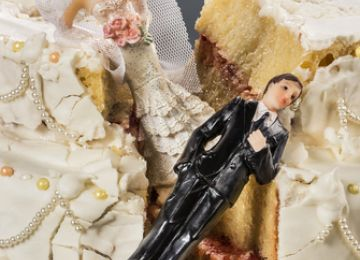 Wedding Food Foul-Ups and Cake Mistakes? Fix Them Without Losing Your Cool