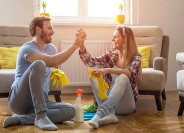 New Couples: Avoid Housework Headaches With These Tips