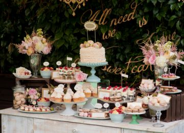 "Say ""I Do"" to Your Sweet Tooth With a Wedding Dessert Table"