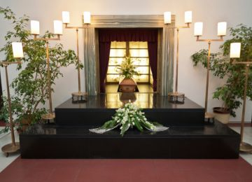 Family-Owned Funeral Homes Are on the Decline