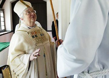Will there be Female Bishops in England by the End of 2014?