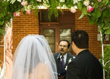 Tips to Officiate a Wedding