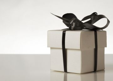 Registering for Wedding Gifts After Decluttering Your Home