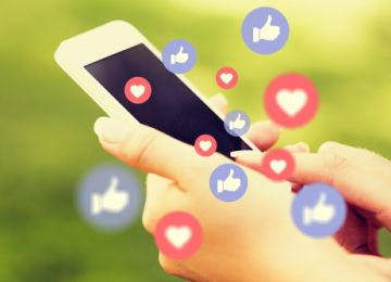 Social Media and Your Wedding: Thoughtful Tips and Perilous Pitfalls