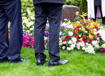 A Brief Refresher Course on Funeral Etiquette