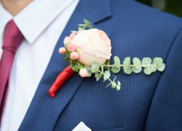 Boutonnieres: Make a Wedding Style Statement With These Lapel Details