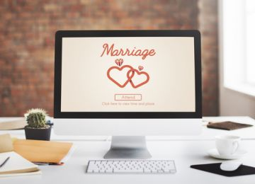 Create Your Wedding Website With These Helpful Tips