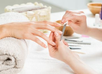 Tips for the Perfect Nails for Brides